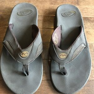 REEF MENS  SANDLE/ FLIP FLOPS